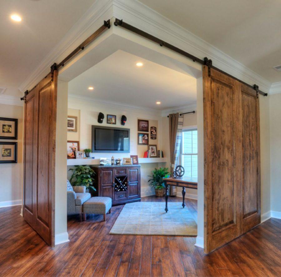 drzwi przesuwne dwuskrzydłowe mogą pełnić funkcję ruchomej ściany